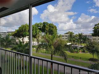 Condo for sale in 4900 Washington St 311, Hollywood, FL, 33021