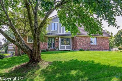 Residential Property for sale in 5015 Locust Ln, Sedalia, MO, 65301