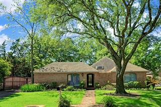 Single Family for sale in 8601 Cedarspur Drive, Spring Valley Village, TX, 77055