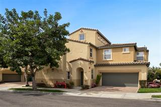 Townhouse for sale in 4018 Backshore Ct, Carlsbad, CA, 92010