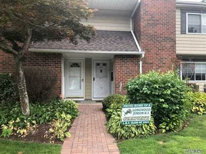 Residential Property for sale in 205 Lake Pointe Circ 205, Middle Island, NY, 11953