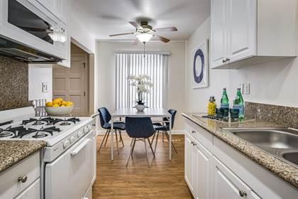 Apartment for rent in Nogal Feliz, Tustin, CA, 92780