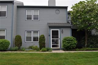 Single Family for sale in 1 WILLOW GLEN Circle 33, Warwick, RI, 02889