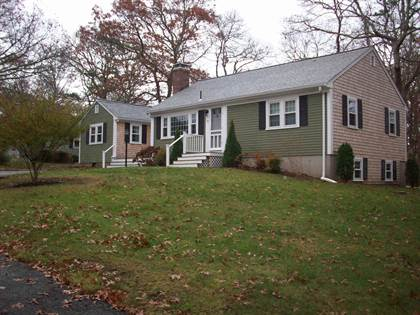 Residential for sale in 17 Hamden Circle, Hyannis, MA, 02601