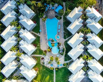 Condo for sale in Sunset Cove #304 Cayman Islands, Grand Cayman, Grand Cayman