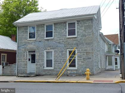 Multifamily for sale in 423 W JOHN ST, Martinsburg, WV, 25401