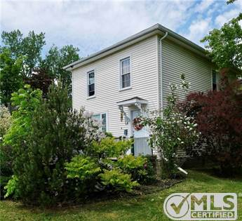 Residential Property for sale in 41 Queensway Way, Saint Stephen, New Brunswick, E3L 1L3