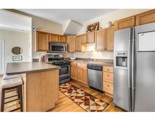Condo for sale in 136-138 Walnut St 2, Malden, MA, 02148