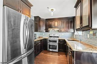 Townhomes For Sale In Perth Amboy 4 Townhouses In Perth Amboy Nj Point2