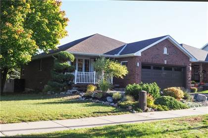 Residential Property for sale in 177 WESTCHESTER Drive, Kitchener, Ontario, N2B 3M8