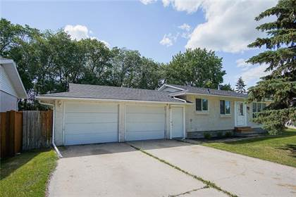 Excellent For Sale 200 Rose St Steinbach Manitoba R5G2E4 More On Point2Homes Com Beutiful Home Inspiration Aditmahrainfo