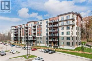 Condo for sale in 304 ESSA RD 305, Barrie, Ontario, L9J0H4