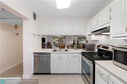 Residential Property for sale in 2603 Nassau Bnd A2, Coconut Creek, FL, 33066