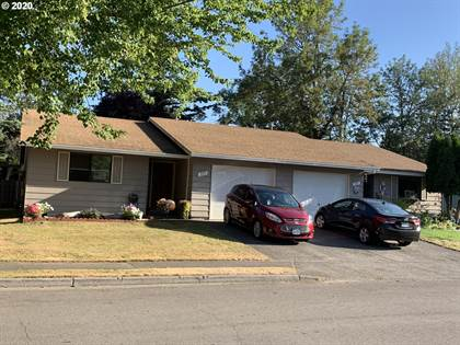 Multifamily for sale in 305 SE SWEETBRIAR LN, Portland, OR, 97230
