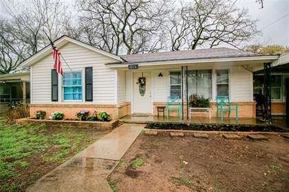 Residential for sale in 216 S Roberts Cut Off Road, Fort Worth, TX, 76114