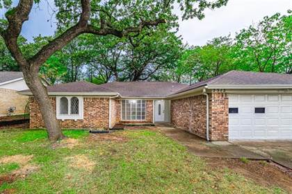 Residential Property for sale in 2312 Charred Wood Drive, Arlington, TX, 76016