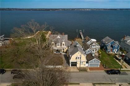 Residential Property for sale in 32 Seaview Avenue, Cranston, RI, 02905