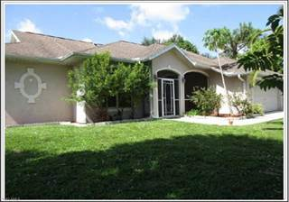 Duplex for sale in 18451 Oriole RD, Fort Myers, FL, 33967