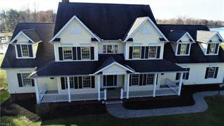 Single Family for rent in 371 Lake Dr, Dalton, OH, 44618