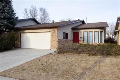 Residential Property for sale in 213 Jerry Potts Boulevard W, Lethbridge, Alberta, T1K 5P2