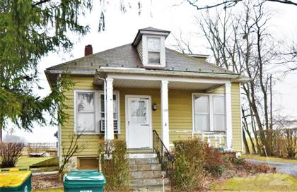 Residential Property for sale in 300 S Watson Street, Old Orchard, PA, 18045