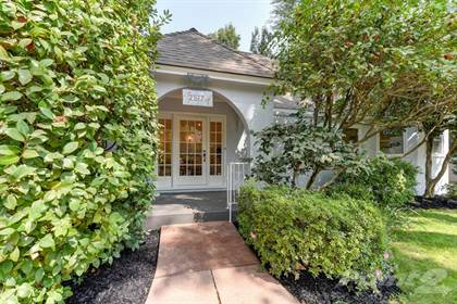 Single-Family Home for sale in 2517 8th Ave , Sacramento, CA, 95818