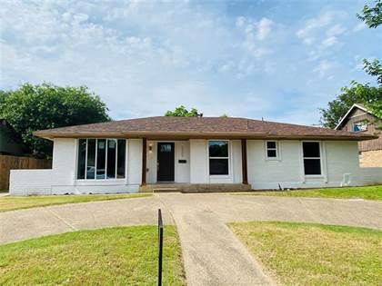 Residential for sale in 2507 Club Manor Drive, Dallas, TX, 75237
