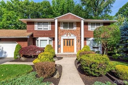 Residential Property for sale in 15 Mark Circle, Metuchen, NJ, 08840