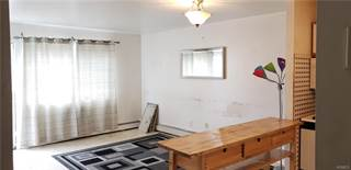 Townhouse for rent in 310 Castle Hill Avenue, Bronx, NY, 10473