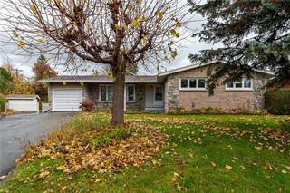 Single Family for sale in 33 SUTTON PLACE, Ottawa, Ontario