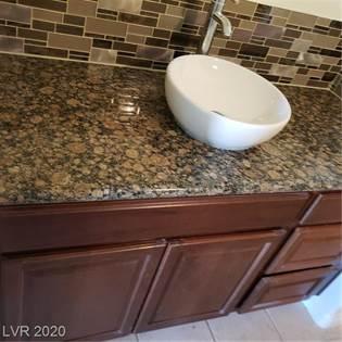 Residential Property for sale in 1320 Red Gable Lane 204, Las Vegas, NV, 89144