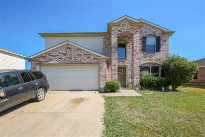 Residential for sale in 1314 Cloyne Drive, Arlington, TX, 76002