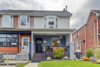 Photo of 98 Rainsford Rd, Toronto, ON M4L 3N9