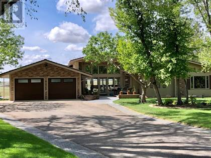 Single Family for sale in 1410 20 Avenue S, Lethbridge, Alberta, T1k1e9