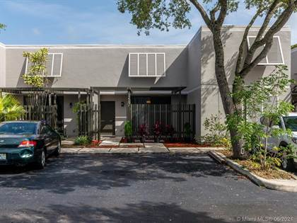 Residential Property for sale in 11219 NW 14th Ct, Pembroke Pines, FL, 33026