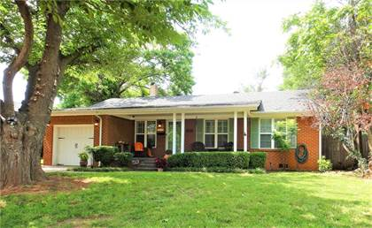 Residential for sale in 2813 NW 65th Street, Oklahoma City, OK, 73116