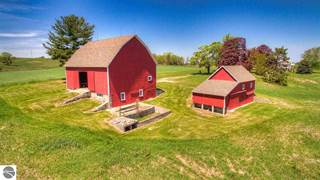 Farm And Agriculture for sale in 12368 Center Road, Old Mission Peninsula, MI, 49686