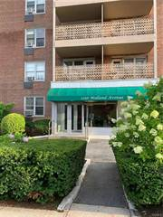 Condo for sale in 1296 Midland Avenue C2, Yonkers, NY, 10704