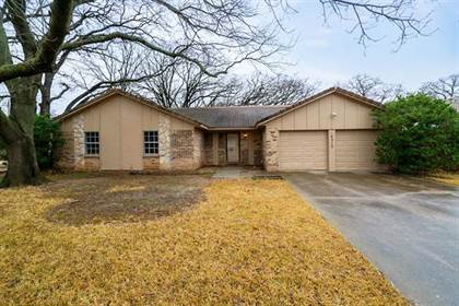 Residential for sale in 4212 E Pleasant Forest Street, Arlington, TX, 76015