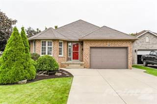 Residential for sale in 18 Alfrin Court, Hamilton, Ontario, L9B 2K2