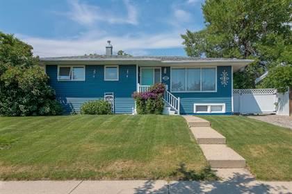 Residential Property for sale in 2401 9 Avenue N, Lethbridge, Alberta, T1H 1J4
