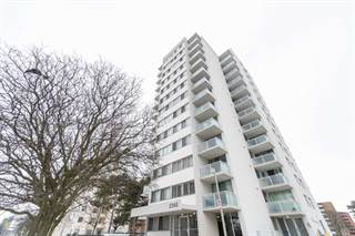 Condo for sale in 2345 Confederation Pkwy Ph3, Mississauga, Ontario, L5B2H3