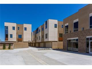 Townhouse for sale in 25114 Narbonne Avenue E, Lomita, CA, 90717
