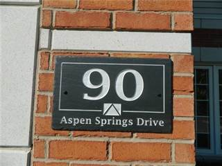 Condo for rent in 90 Aspen Springs Dr 209, Clarington, Ontario