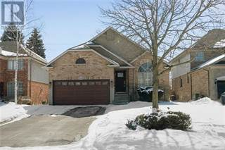 Single Family for sale in 24 Derbyshire Street, Hamilton, Ontario, L9G4X9