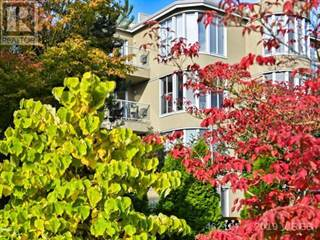 Condo for sale in 566 STEWART AVE, Nanaimo, British Columbia, V9S5T5