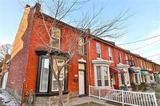 Townhouse for rent in 11 Emerald Street N, Hamilton, Ontario