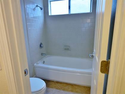 Apartment for rent in 7260 De Soto, Los Angeles, CA, 91303