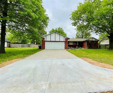 Residential Property for sale in 2713 W 68th Place, Tulsa, OK, 74132