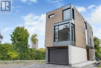 Residential Property for sale in 123 PERIDOT PRIVATE, Ottawa, Ontario, K2C3K1